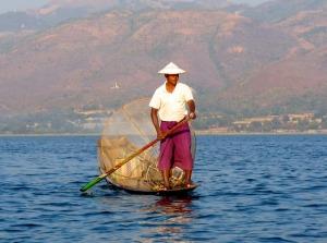 fisherman-195931_640