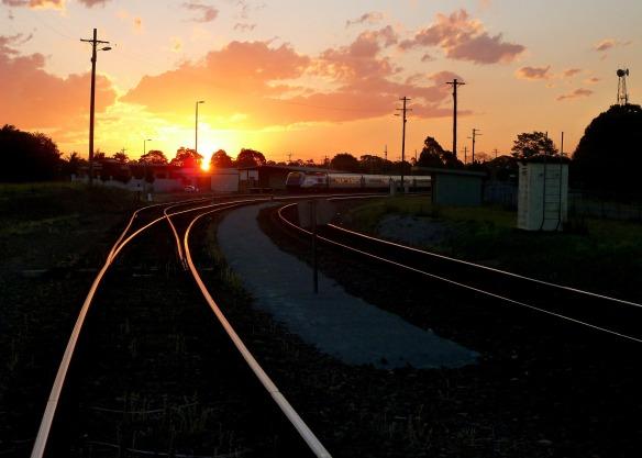 on-track-236330_1920